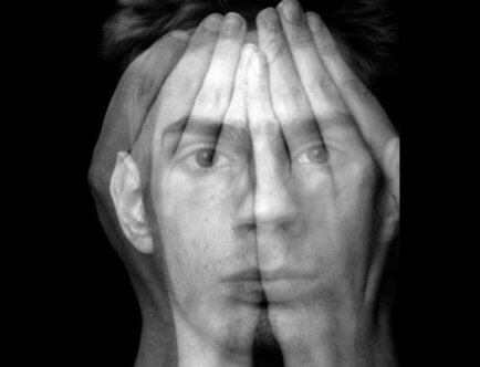 Шизофрения: признаки, симптомы и лечение