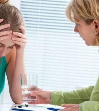 Навязчивые состояния: признаки, симптомы, терапия и лечение